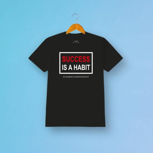 Succes Is Habbit Tshirt Grau Fanartikel